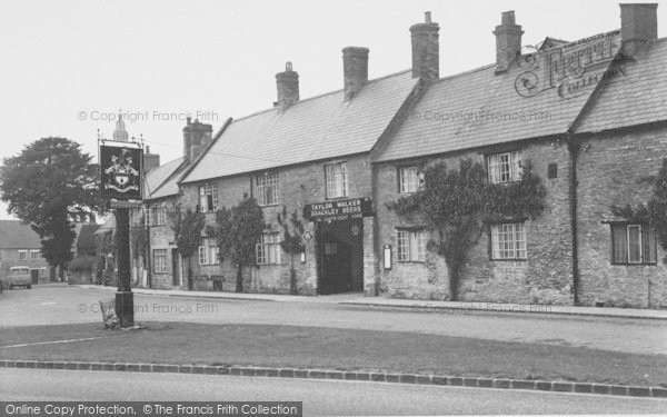 Photo of Aynho, The Cartwright Arms Hotel c.1955