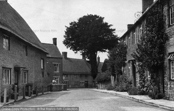 Photo of Aynho, The Village c.1955