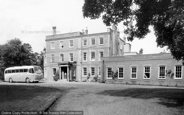 Ayot St Lawrence, Ayot House c.1955