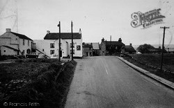 Aysgarth, Entrance To Village c.1960