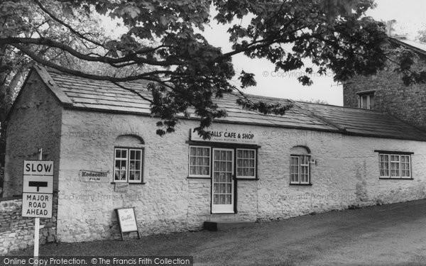 Photo of Aysgarth, Falls Cafe c.1960