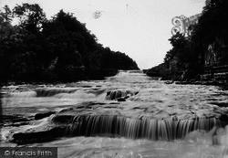Aysgarth, Lower Falls 1909