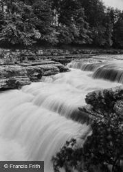 Lower Falls 1909, Aysgarth