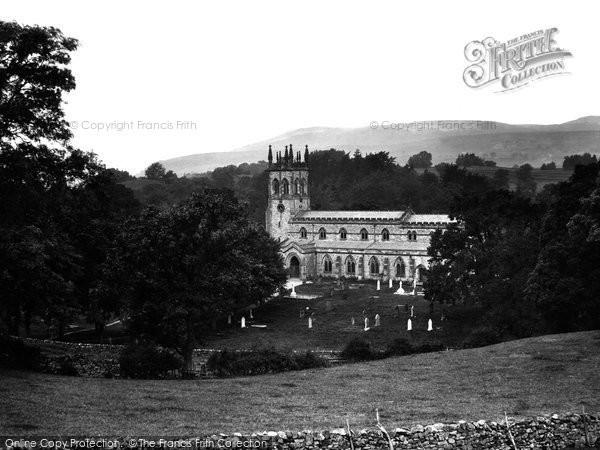 Aysgarth, the Church 1925