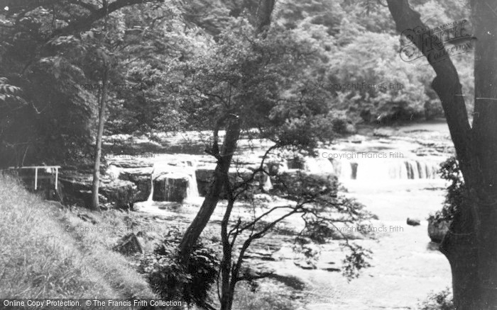 Photo of Aysgarth, The Upper Falls c.1935