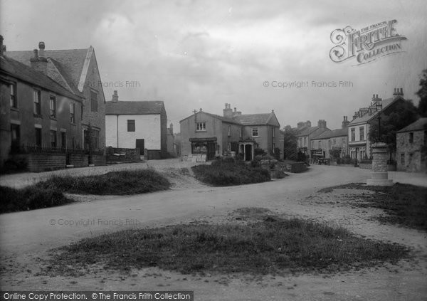 Photo of Aysgarth, The Village 1924