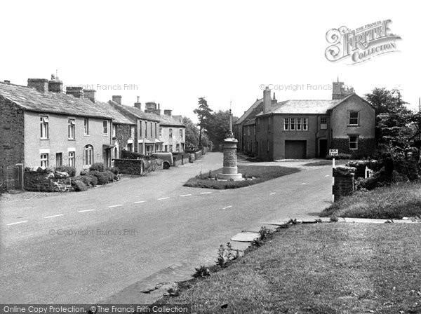 Photo of Aysgarth, The Village And War Memorial c.1955