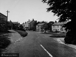 Aysgarth, The Village And War Memorial c.1955