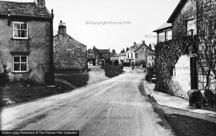 Photo of Aysgarth, The Village c.1955