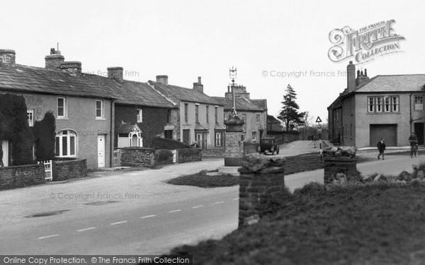 Photo of Aysgarth, The Village N.E c.1935