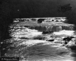 Aysgarth, Upper And Middle Falls c.1935
