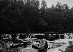 Aysgarth, Upper Falls 1887