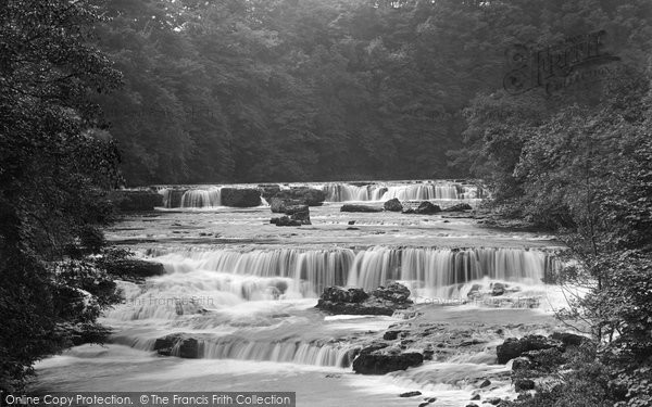 Photo of Aysgarth, Upper Falls 1924