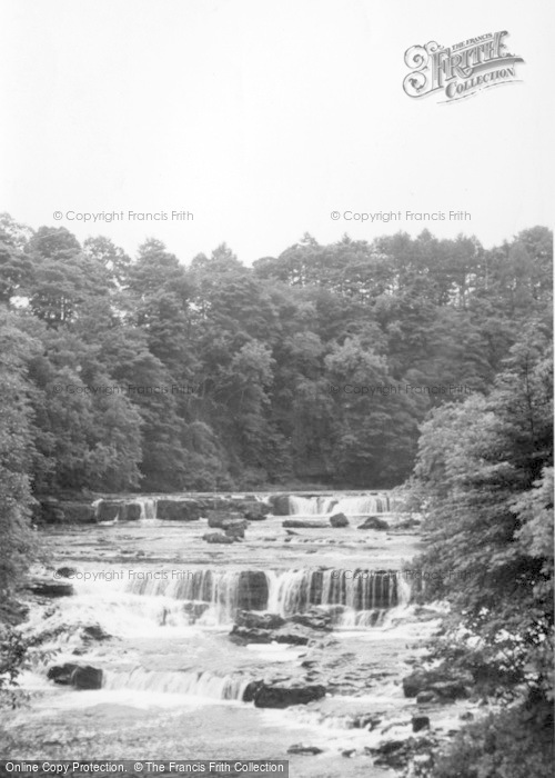 Photo of Aysgarth, Upper Falls c.1935