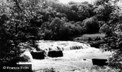Aysgarth, Upper Falls c.1960