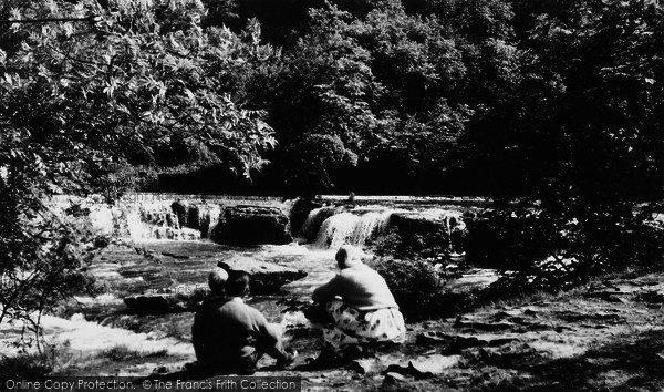 Photo of Aysgarth, Upper Falls c.1960