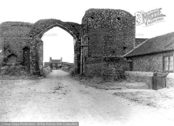 Photo of Bacton, Abbey 1933