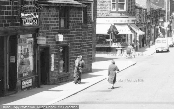 Photo of Bacup, Yarwoods Cafe, St James Street 1961