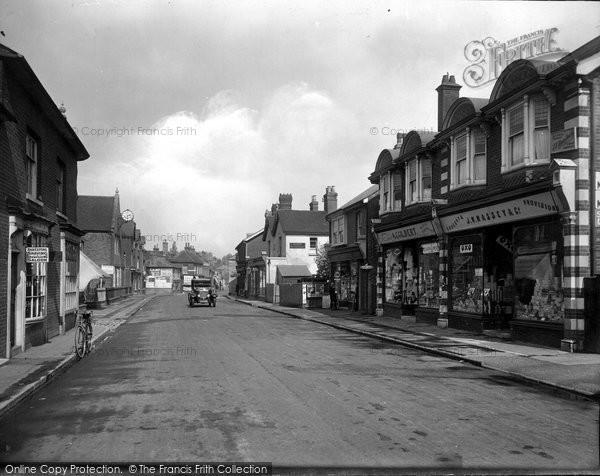 Photo of Bagshot, High Street 1921