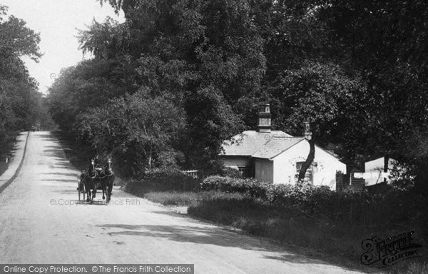 Bagshot, Park Lodge, Bracknell Road 1909