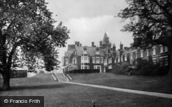 Bagshot, Park South East 1927