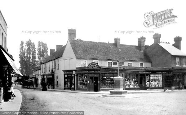 The Square, Bagshot, 1901.  Reproduced courtesy of The Francis Frith Collection