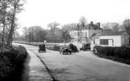 Bagshot, The Village 1926