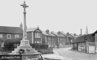Bagshot, War Memorial 1923