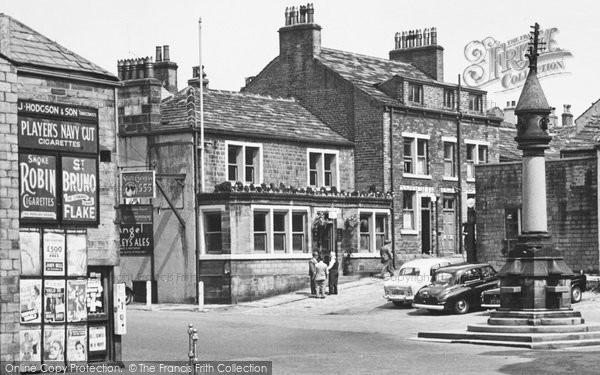 Photo of Baildon, Town Gate 1956