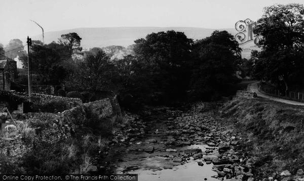 Photo of Bainbridge, Cravenholme From Bridge c.1960