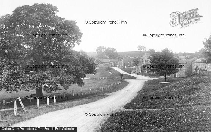 Photo of Bainbridge, Entering The Village 1924