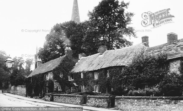 Photo of Bakewell, Old Cottages 1914
