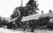 Bakewell, Old Cottages 1914