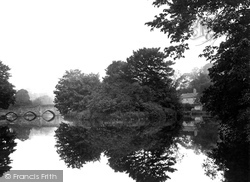 Bakewell, River Wye 1923