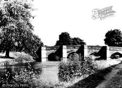 Bakewell, River Wye And Bridge c.1955