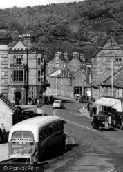 Bakewell, The Square 1956