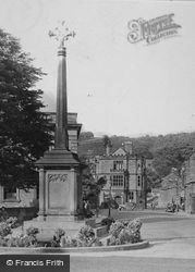 Bakewell, War Memorial In The Square c.1935