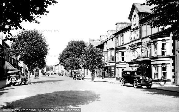 Photo of Bala, High Street 1935