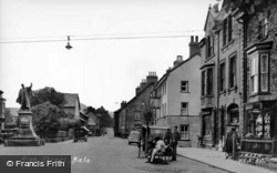 High Street c.1955, Bala