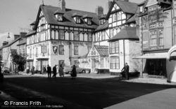 Bala, White Lion Royal Hotel 1958