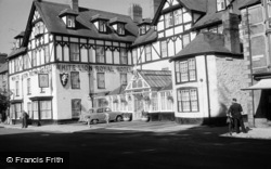 Bala, White Lion Royal Hotel 1958