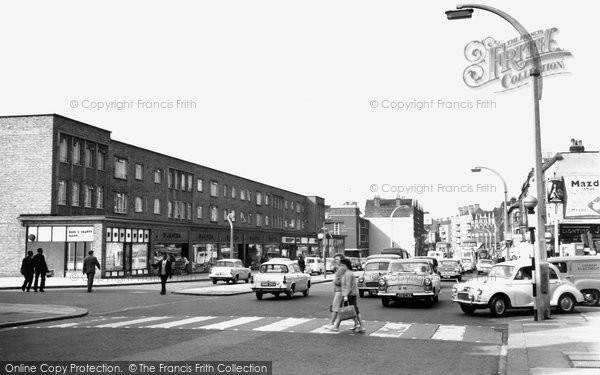 Photo of Balham, High Road c.1965