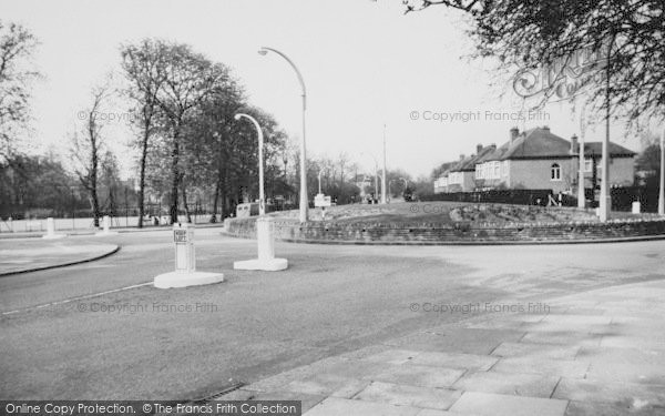 Photo of Balham, The Roundabout c.1965