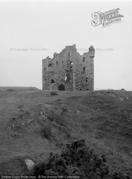 Photo of Ballone Castle, 1952