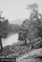 The River c.1935, Balmoral Castle