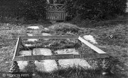 Balquhidder, Rob Roy's Grave c.1880