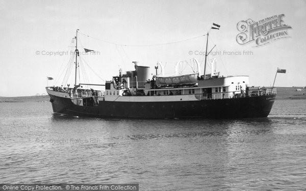 Baltasound, Earl Of Zetland Leaving Baltasound c.1965