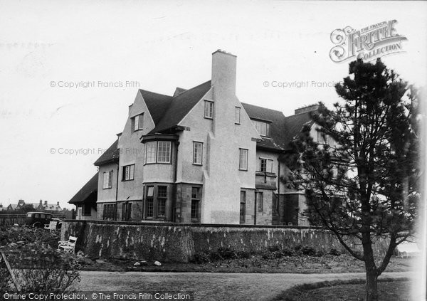 Photo of Bamburgh, West House c.1935