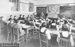 Banbury, County School, Geography Class c.1930
