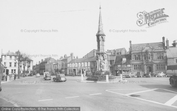 Photo of Banbury, Cross c.1960